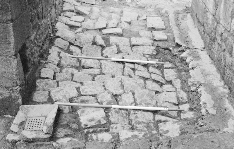 Craignethan Castle Excavations 1993-1995 Frame 23 - Cobbles F306 to north of tower house - from west