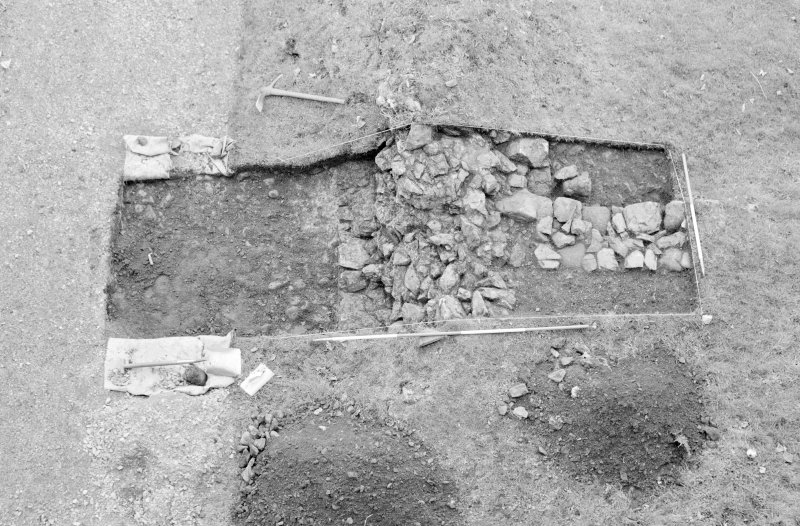 Inverlochy Castle Frame 7 - Trench B excavated, showing F303 and F305; from north