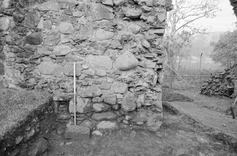 Inverlochy Castle Frame 25 - Drain F711 piercing north curtain wall; from south