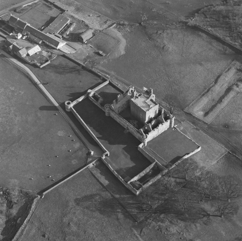 Oblique aerial view of Craigmillar Castle, Edinburgh, from NW.