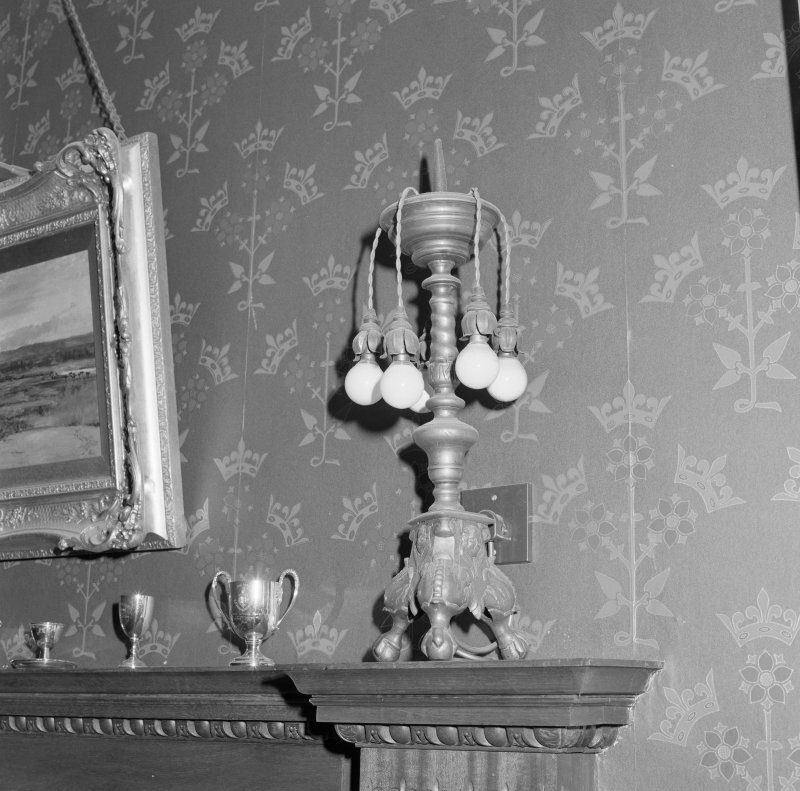 Dining room, detail of electric lamp