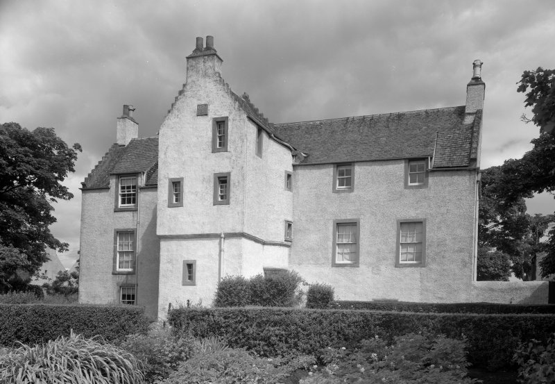 View of main elevation of Melville Manse, Anstruther Easter.