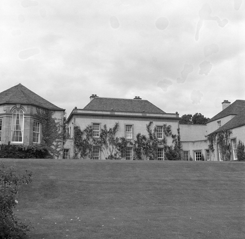 View of core former farmhouse and flanking wings from S after Schomberg Scott remodelling.