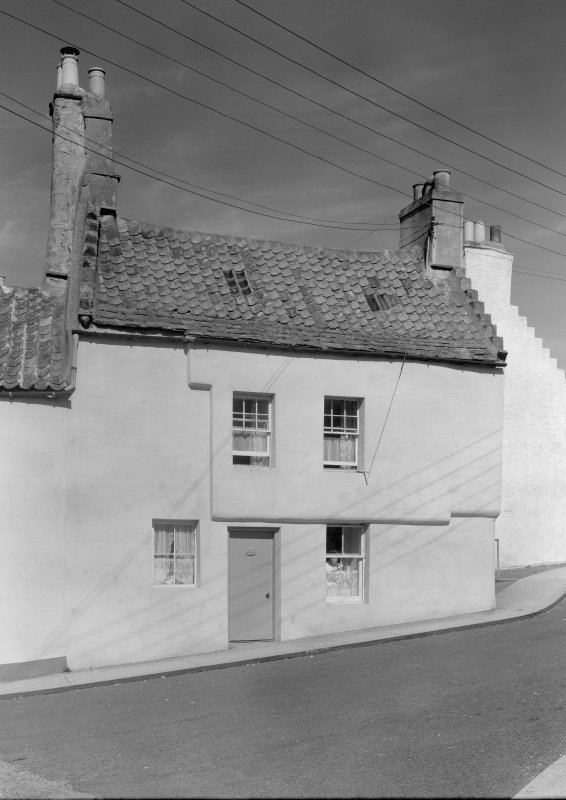 View of house, Haddfoot Wynd, Anstruther Easter, from E.