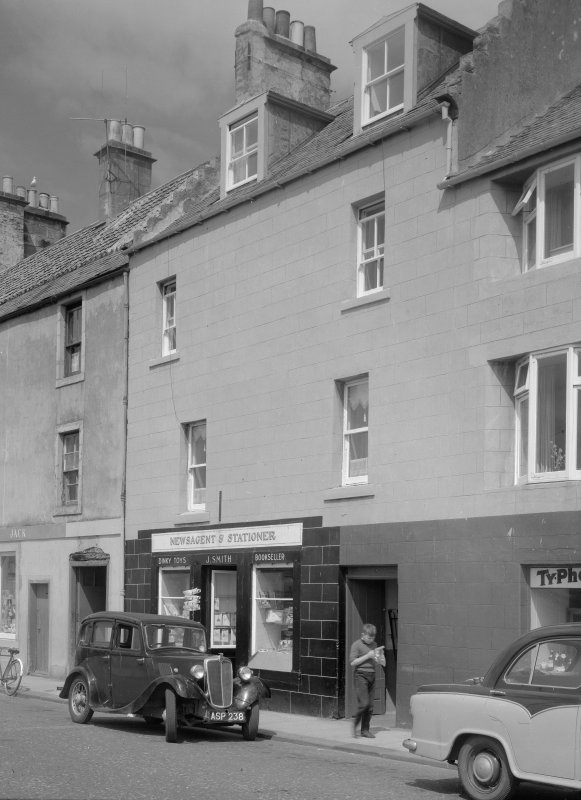 View of 34-35 Shore Street, Anstruther Easter, from S, showing the premises of J. Smith Newsagent and Stationer.