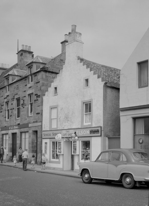 View of 47 Shore Street, Anstruther Easter, from S, showing the Gift Shop.