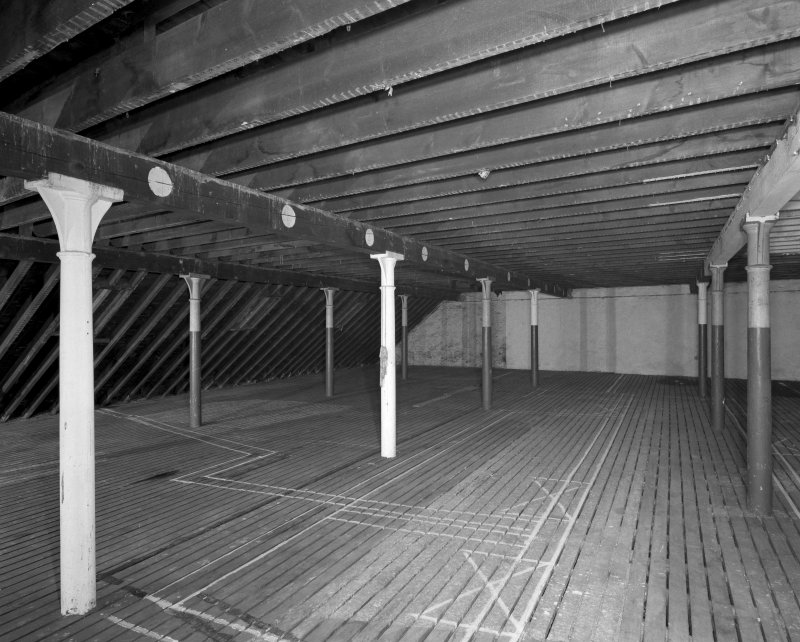 Interior view of top floor level of 8 Maritime Street (cast-iron columns 0.15m diameter)