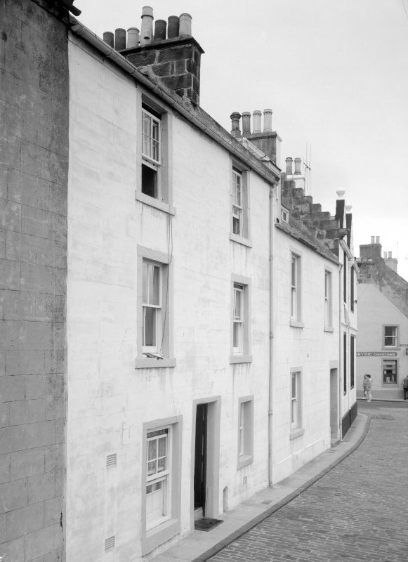 View of 1 and 2 Castle Street, Anstruther Easter, from SW.