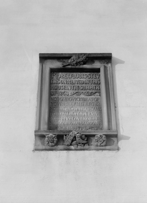 Inscribed panel in wall, Cunzie House, Anstruther Easter.