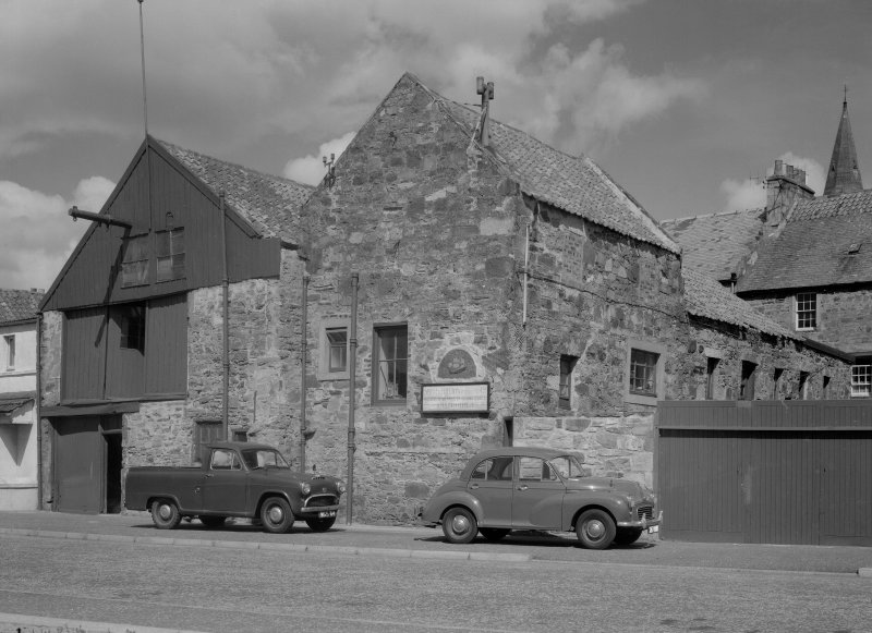 General view of 11-13 East Shore, Anstruther Easter, from S, showing Smith and Hutton Boatbuilders Ltd.
