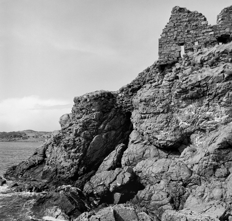 Dunyvaig Castle, Lagavulin Bay, Islay. View of South West turret and linking-wall from South.