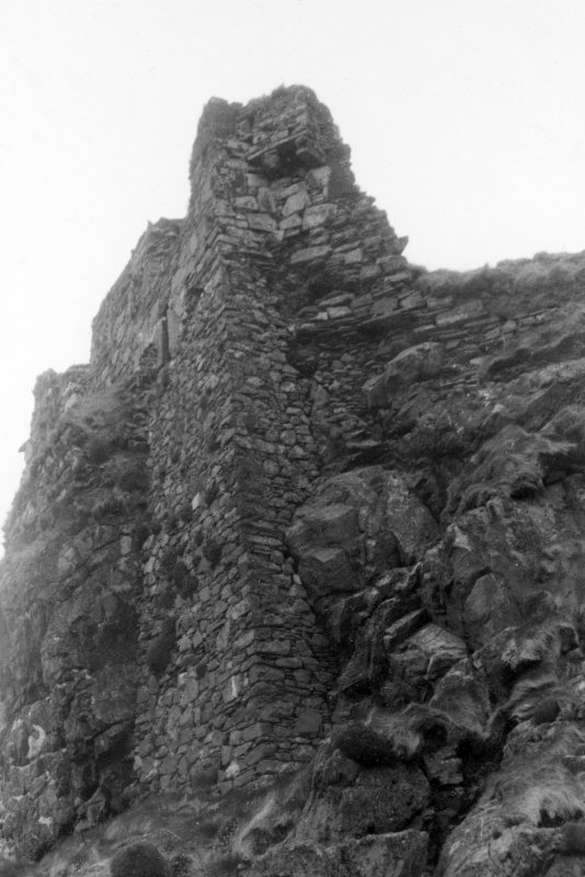 Dunyvaig Castle, Lagavulin Bay, Islay. View of East end of South, front of tower