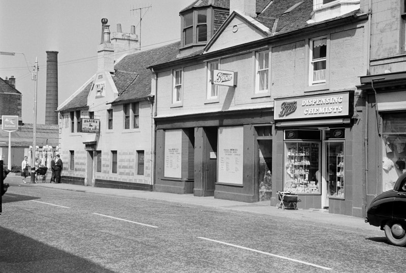 View of the Black Bull Inn and 70 High Street, Johnstone, from S.