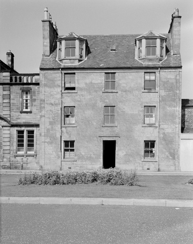 General view of 3 Ludovic Square, Johnstone.