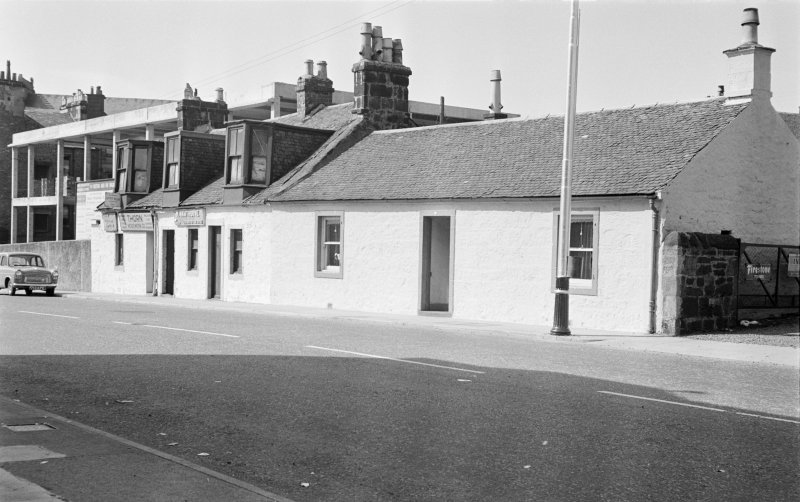 General view of 9-13 Thornhill, Johnstone.