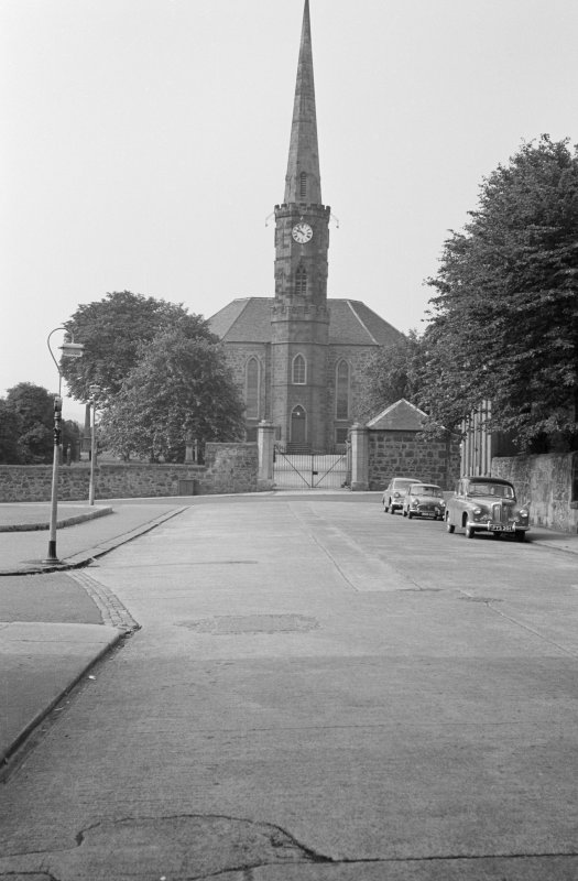 General view of High Parish Church, Johnstone, from SE.