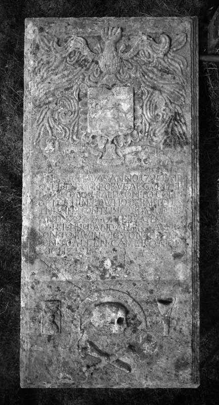 Table tomb of Vear, daughter of Archibald, son of Colin Campbell, (5th) of Lochnell, who died in 1723.
