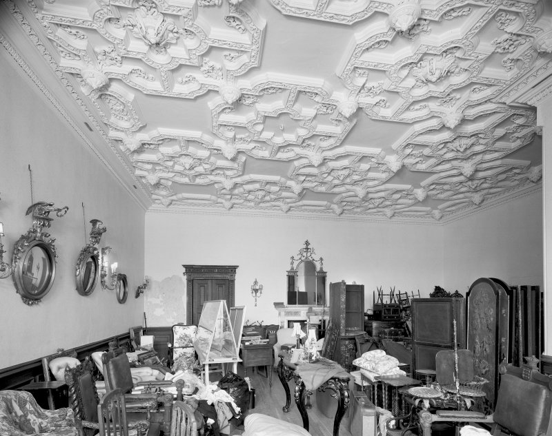 Interior. Drawing room, general view.