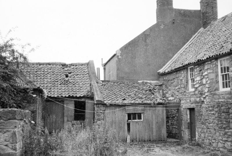 General view of rear of cottage.