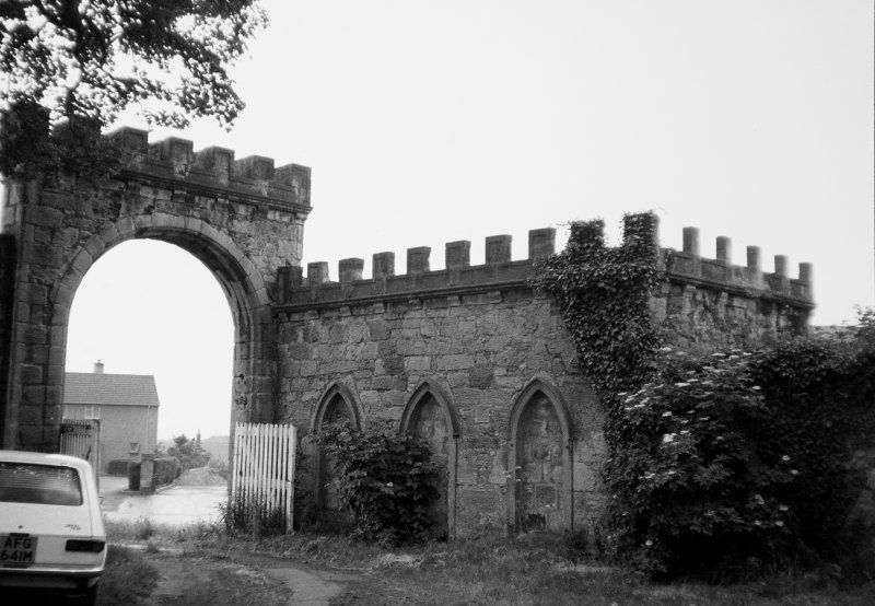 General view of gateway