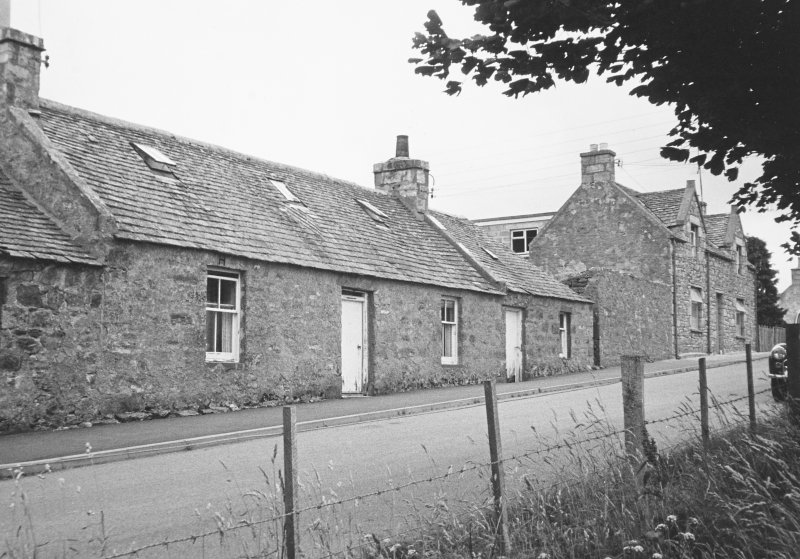 General view of cottage.