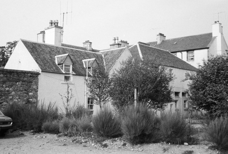 Inveraray, West Front Street, Dalmeny Road, Argyll Arms Hotel. General view from rear.