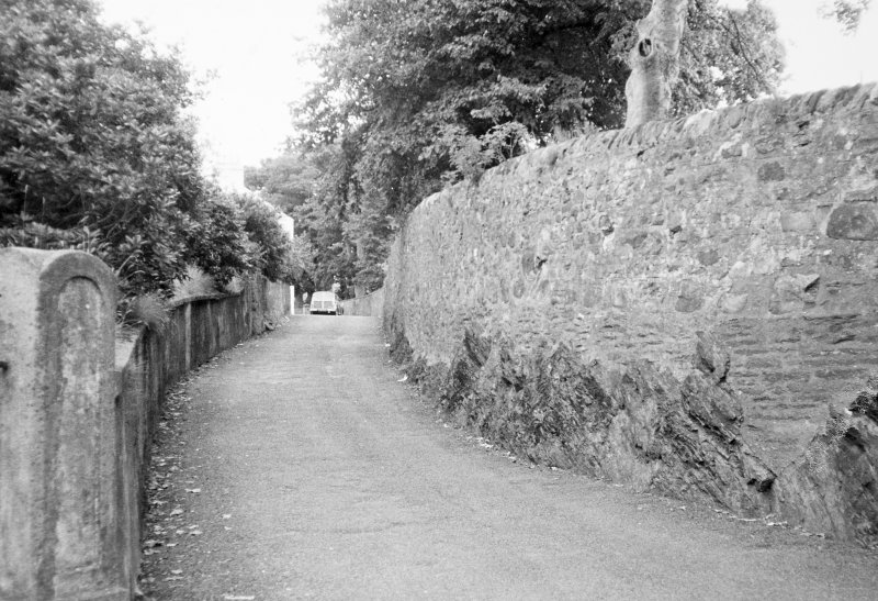 Dunoon, Kirk Street, Castle Gardens. View of boundary wall.
