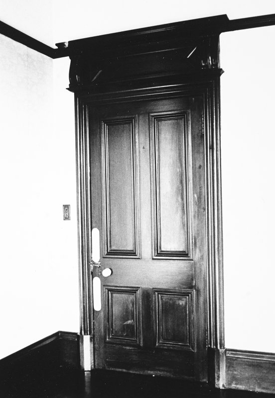 Glasgow, 6 Rowan Road, Craigie Hall, interior. View of door in first floor sitting room.