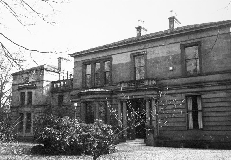 Glasgow, 6 Rowan Road, Craigie Hall. View of entrance front.