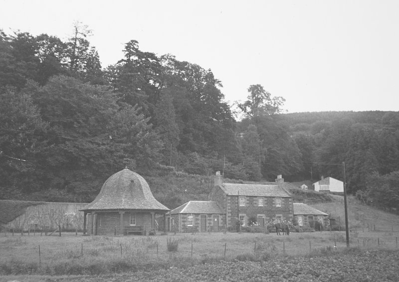 Kinfauns Castle, Home Farm. General view of farm and dairy.