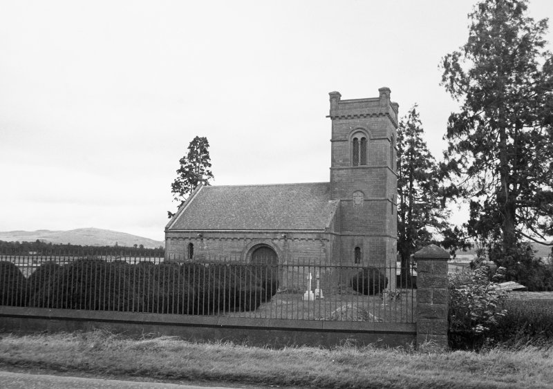 Kinloch Mausoleum. General view.