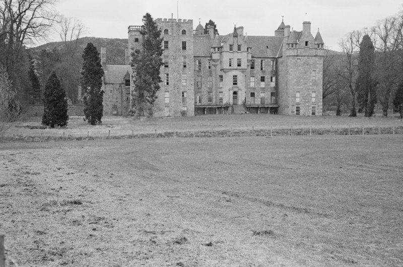 General view of Aboyne Castle from S.