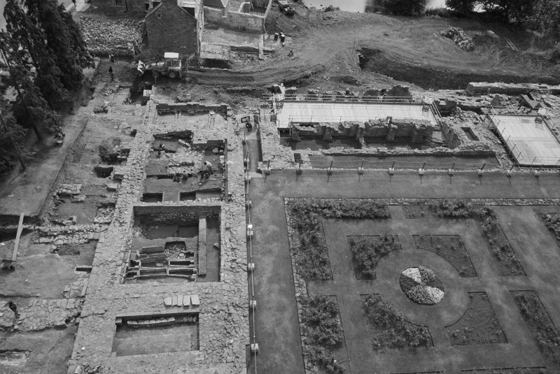 Jedburgh Abbey excavation archive Frame 17: Area 1: E range and Trench J in September 1984. From N.