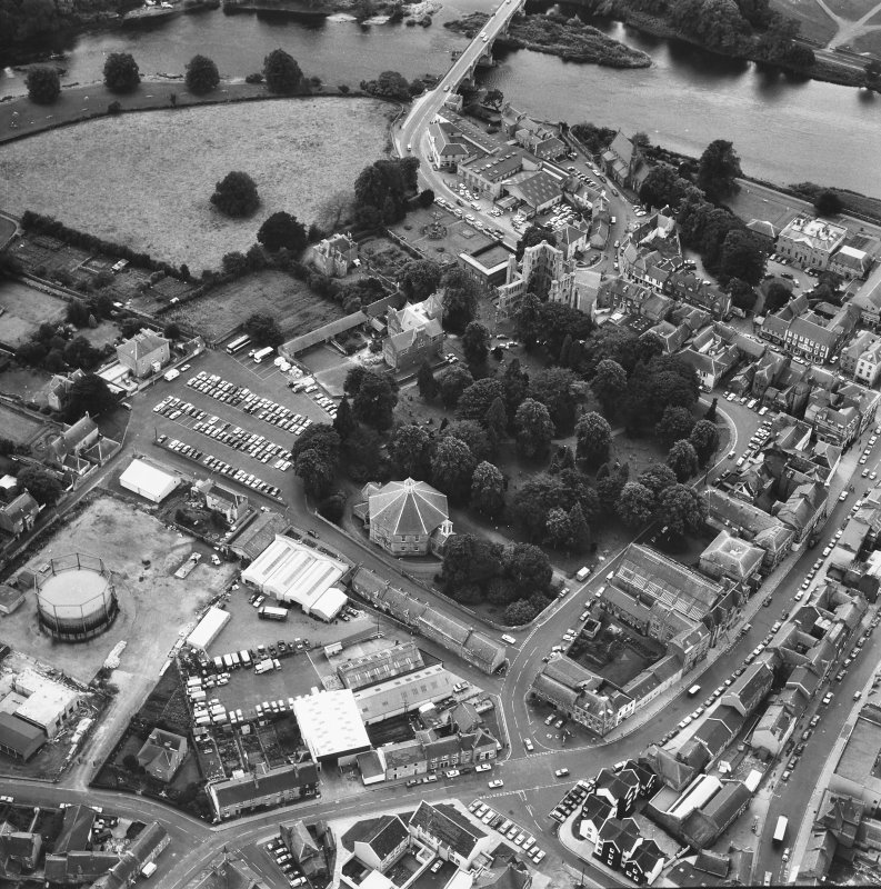 Oblique aerial view showing Kelso Old Parish Church and Kelso Abbey.