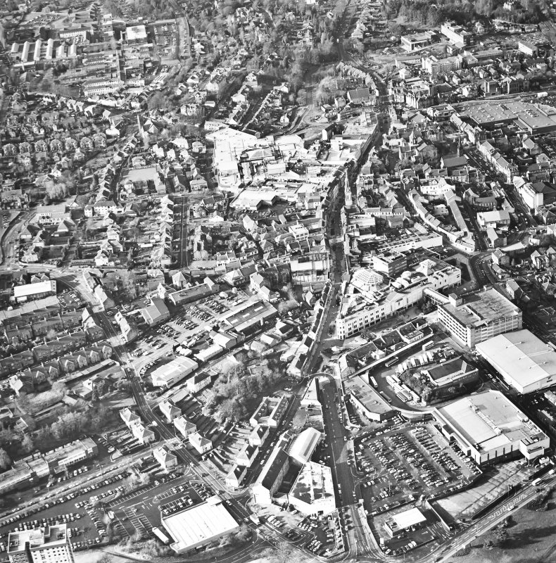 Oblique aerial view of Falkirk centred on the town, taken from the ESE.