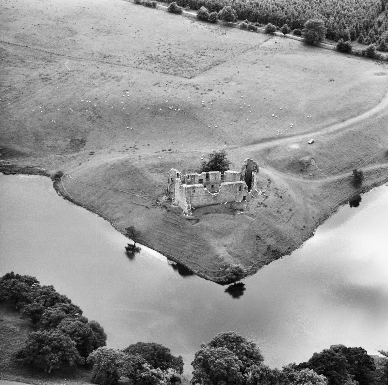 Aerial view of Morton Castle from North