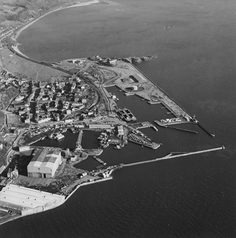 Oblique aerial view centred on Burntisland Harbour, taken from the WNW.