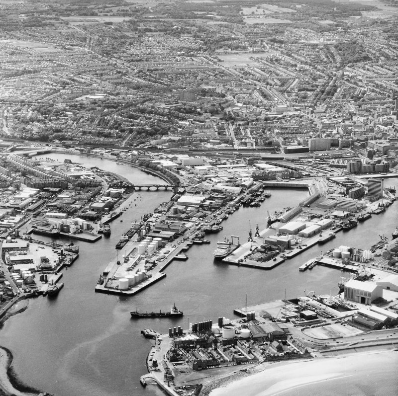 Aberdeen, Harbour. Aerial view of Harbour.