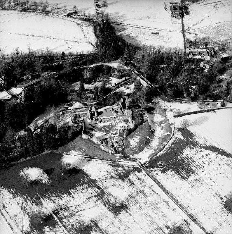 Oblique aerial photograph, taken from the S, centred on Kildrummy Castle.