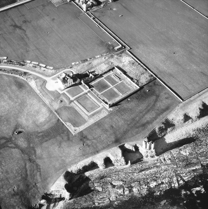 Aerial photograph showing old and new castles, and nissen huts