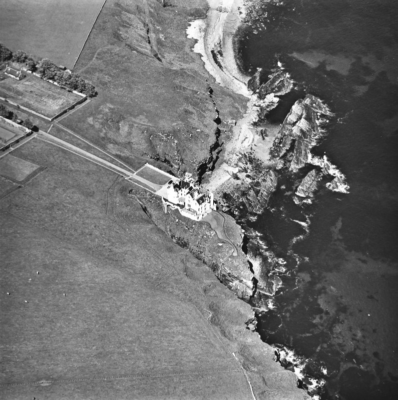 Aerial view of Dunbeath Castle S.