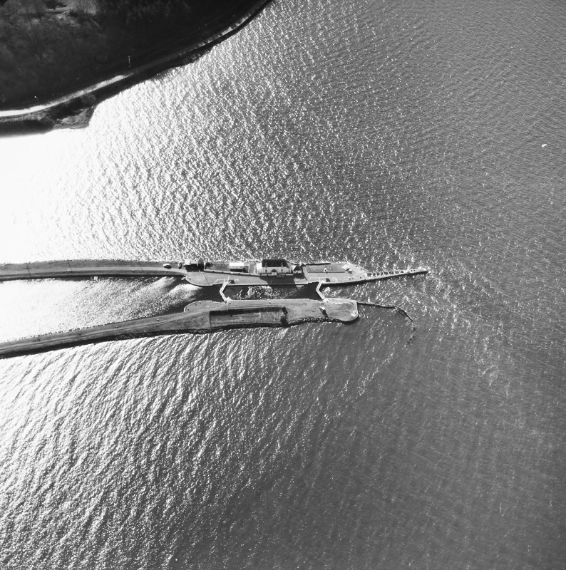Aerial photographs showing Clachnaharry Sea Lock and Lock Keeper's House