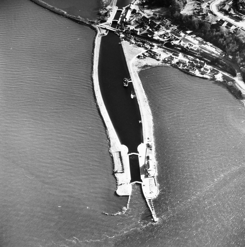 Aerial photograph showing Clachnharry Sea Lock and Lock Keeper's House