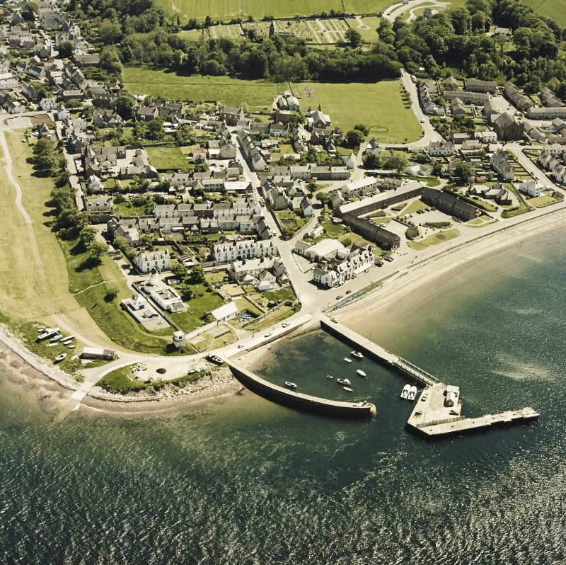 Aerial view of the town of Cromarty, taken from the NNE.