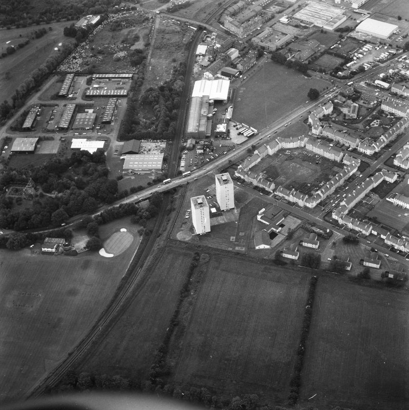 Edinburgh, Peffermill, Peffermill Road, Peffermill House, Prestonfield Golf Course. General aerial view.