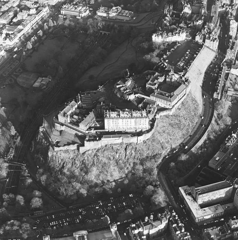 Oblique aerial view of the Edinburgh Castle centred on the castle, taken from the SW.
