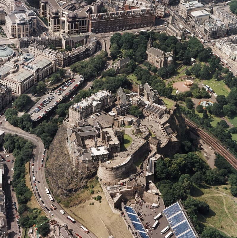 Oblique aerial view centred on Edinburgh Castle, taken from the ESE.