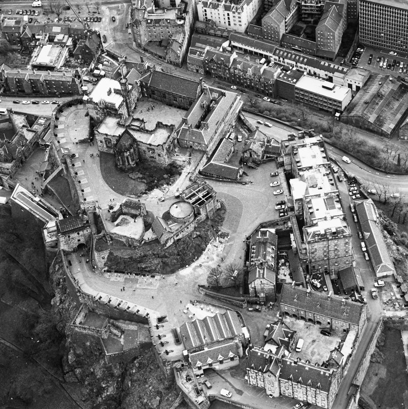 Oblique aerial view centred on the castle, taken from the NNW.
