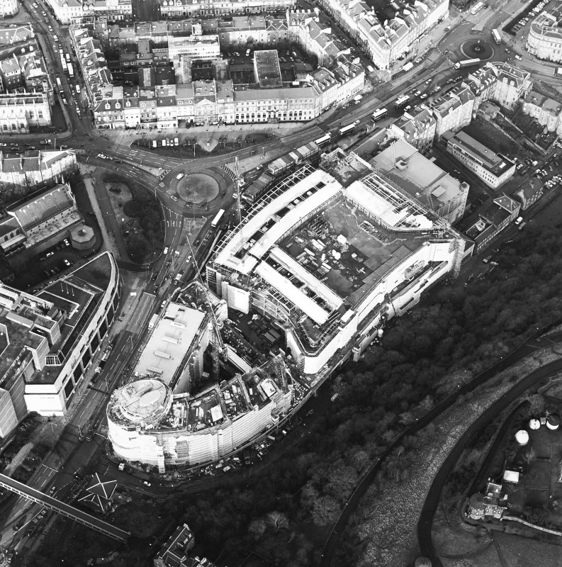 Oblique aerial view centred on the redevelopment of Greenside Place with the observatory and cathedral adjacent, taken from the SE.