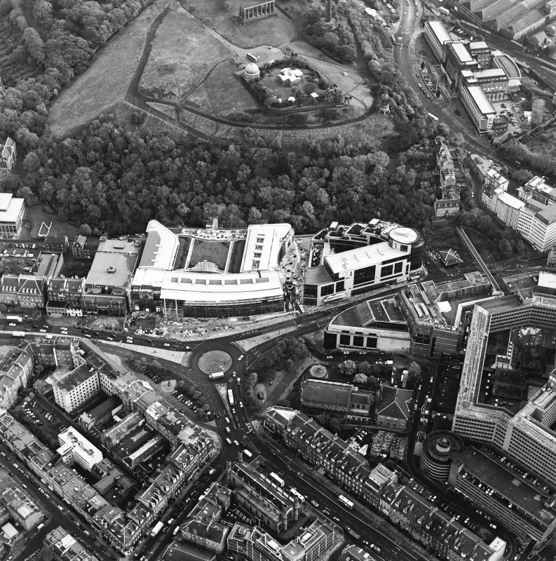 Oblique aerial view of Greenside Place, with the observatory and Cathedral adjacent, taken from the NW.